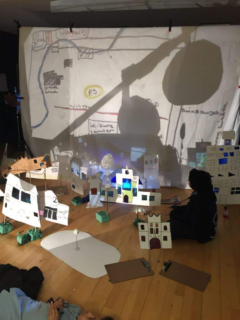 Mofmaps Shadow theatre